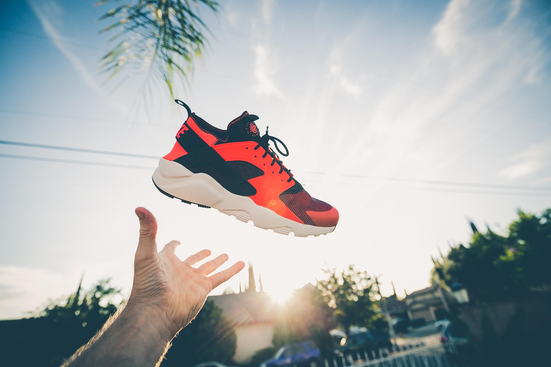 Schuhe mit der Marathonschnürung felsenfest schnüren [Profi