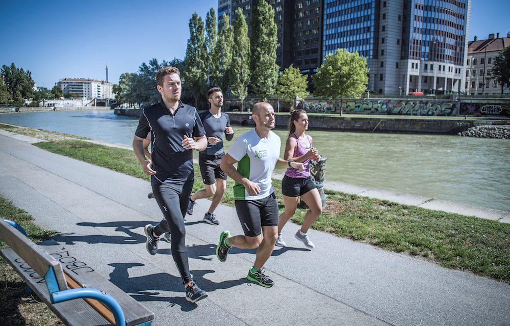 schwitzen beim sport und laufen ist starkes schwitzen gesund marathontraining so kannst du. Black Bedroom Furniture Sets. Home Design Ideas