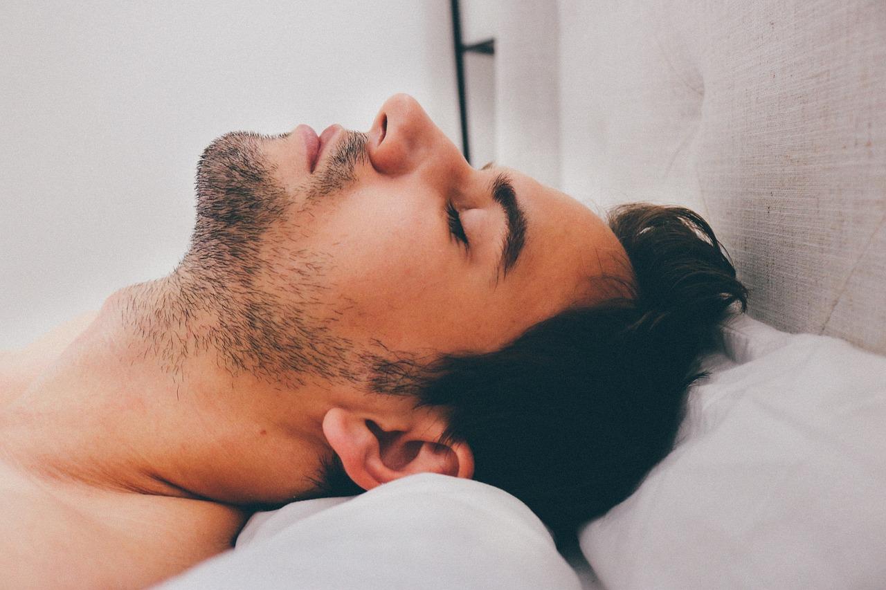 Müdigkeit, Schlappheit & Antriebslosigkeit bekämpfen [10+ Tipps]